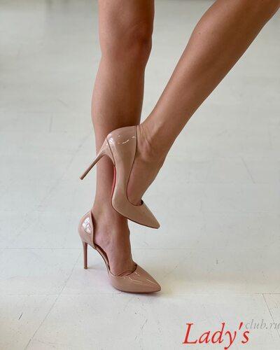 Туфли лодочки женские купить в интернет магазине Lady's club.ru недорого  бежевые лакированные